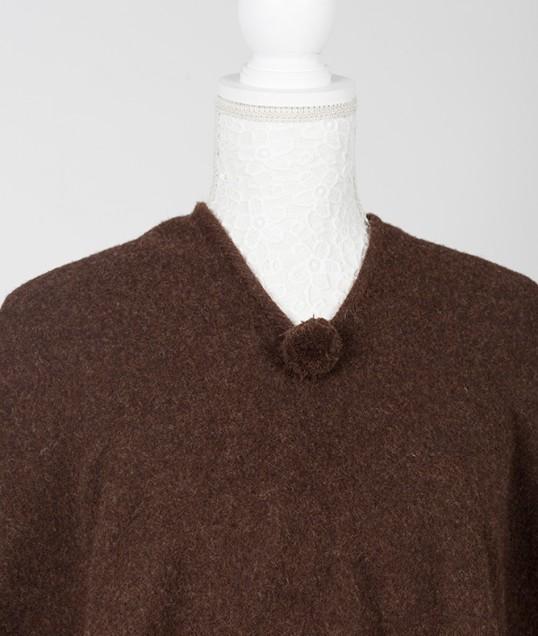 detalle poncho lana merina